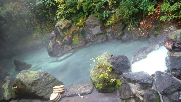 木立ちの湯 露天風呂
